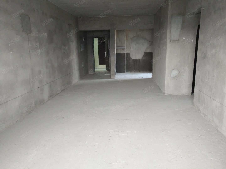泸县友豪新世界104平方3室2厅2卫电梯中层好房出售!