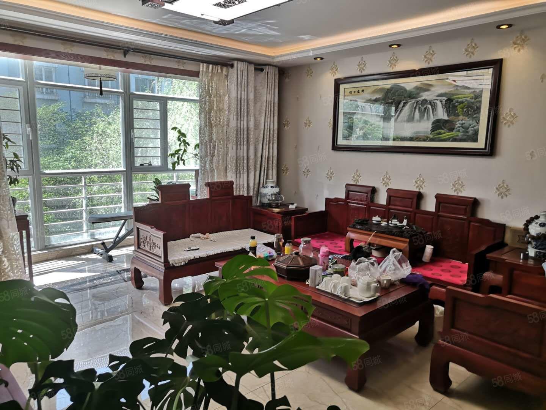 江南小鎮去年新裝修精裝三室單價低樓層低拎包入住