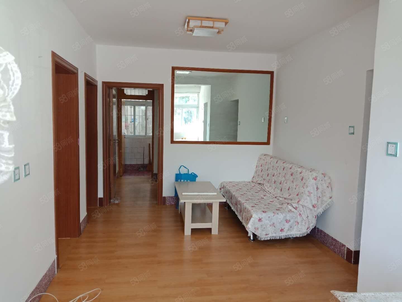 玉溪五中旁园丁小区1楼精装3室全新家具家电拎包入住