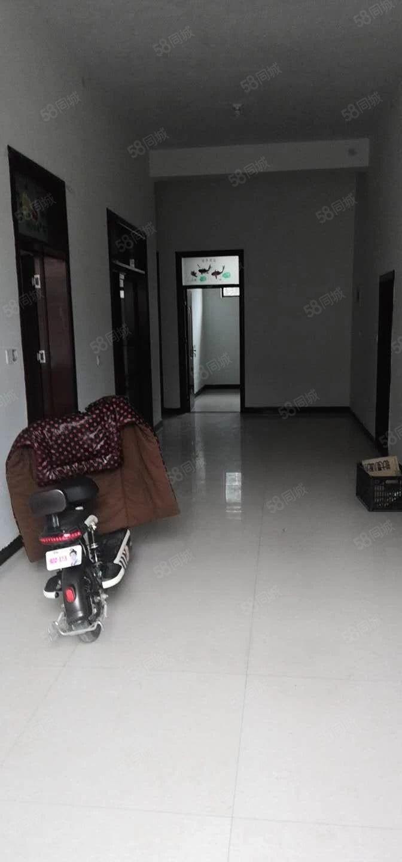 澳门星际网址龙苑对面套房3室简装