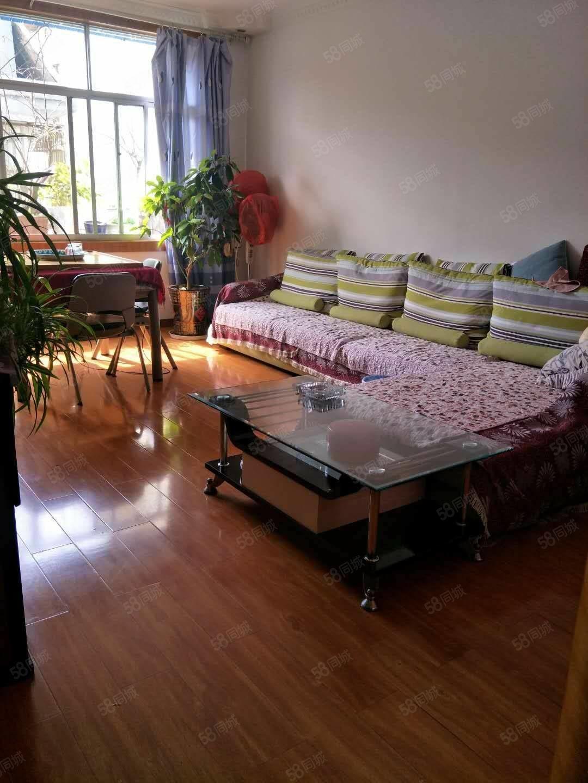 净坛小区精装三室两厅好房出售