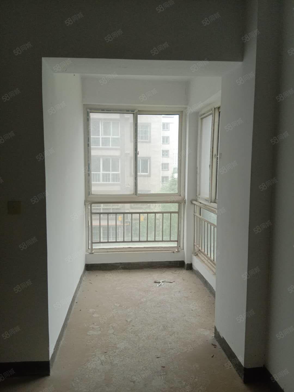 锦绣苑一室一厅经典小户型稀缺房!