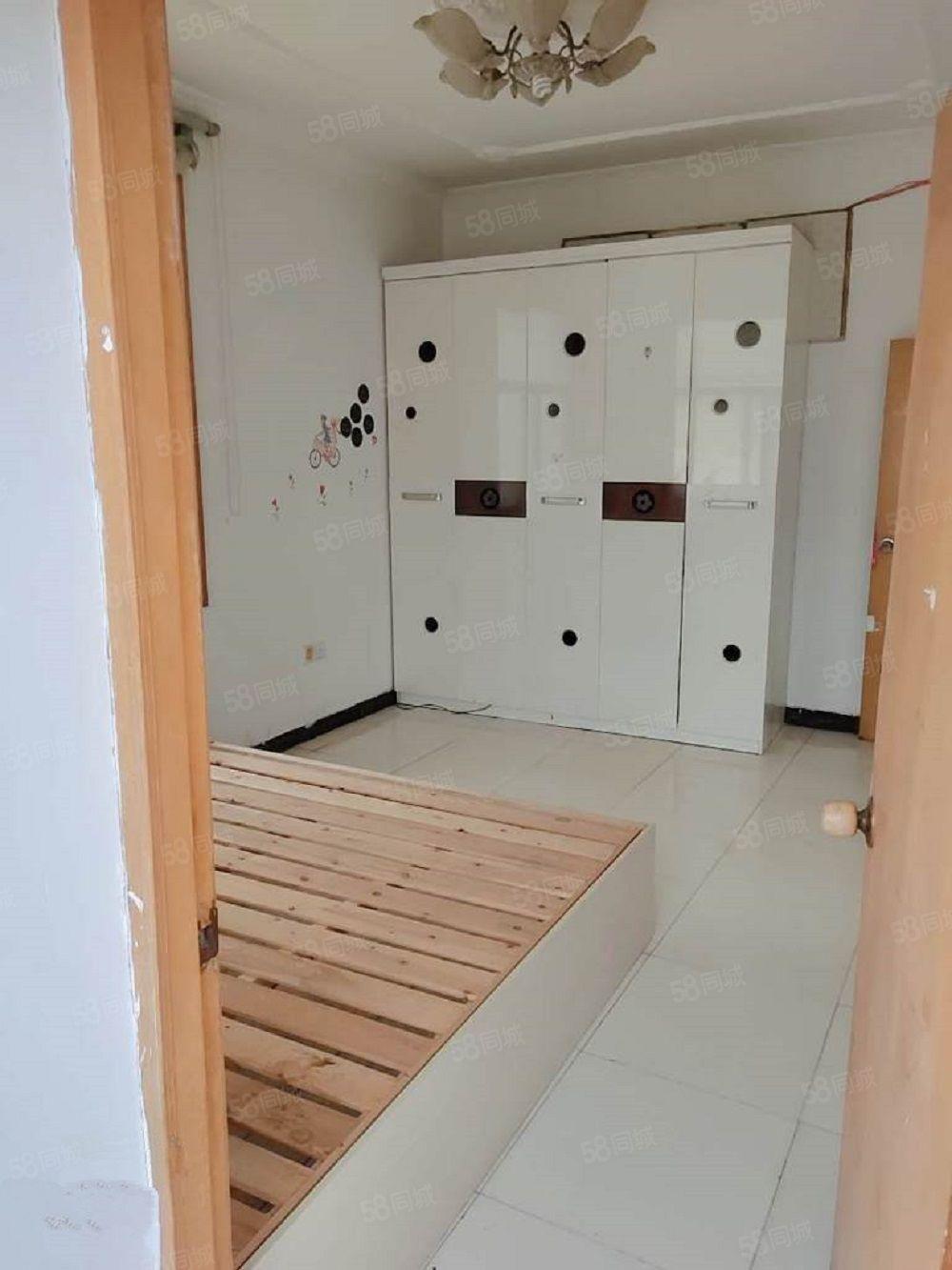 北京新村2室1厅1卫新装修拎包入住