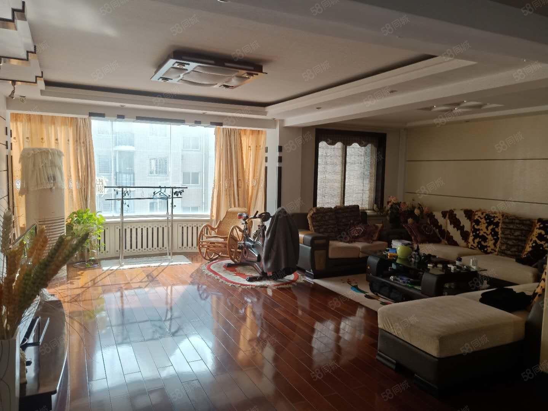 金波源3室,3楼,拎包入住,带9平仓房