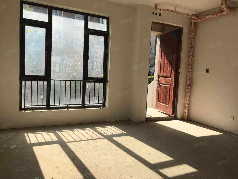 出售鳳河孔雀城別墅,位置好,價格低,可落戶,無尾款,隨時看