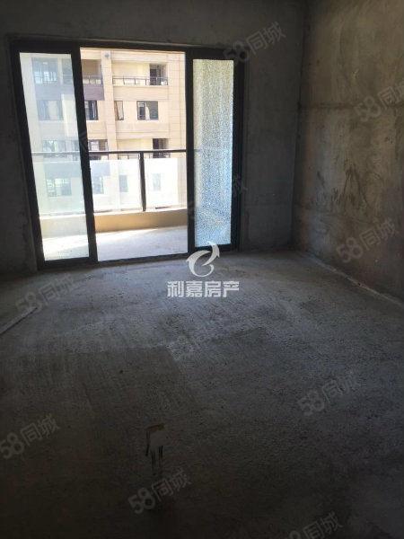 泰禾红郡复式楼、电梯高层、三面采光、赠送37平、银行无欠款
