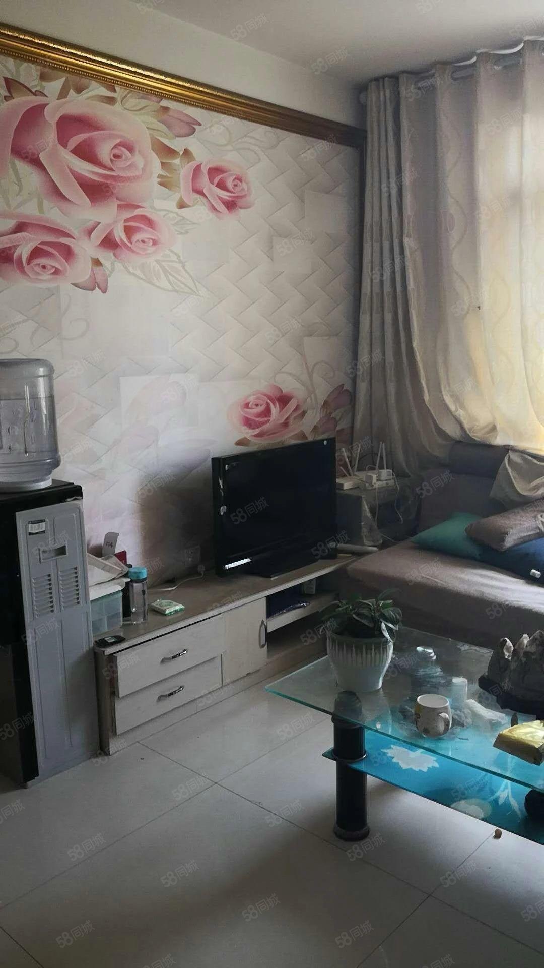 盛世花园3室2厅1卫108平精装家具家电齐全年租金18000
