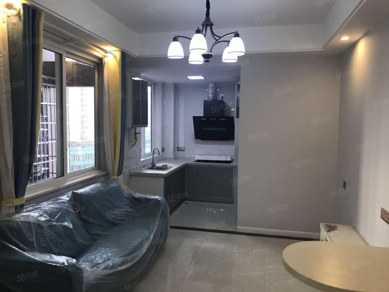 县城中心电梯房一室一厅首付6万起月租1200