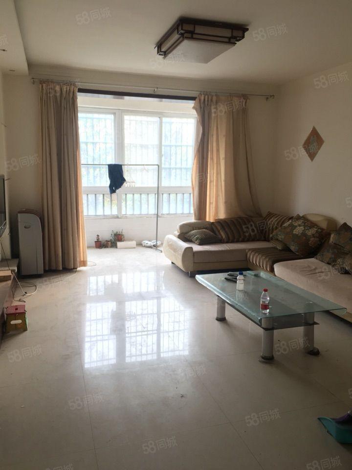 紫荆城步梯3楼105平简装温馨3房51万