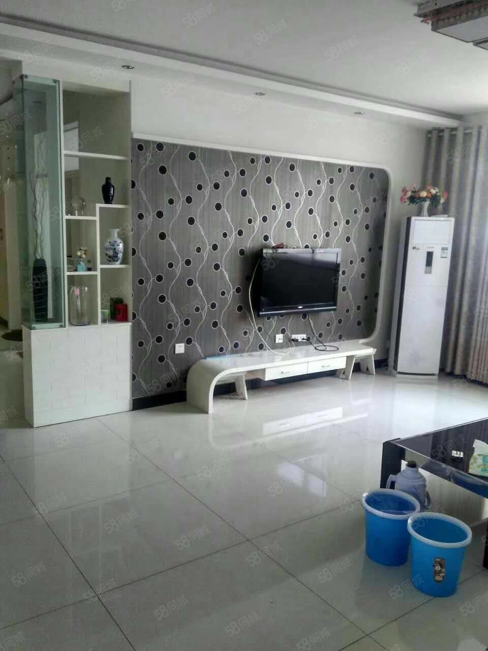 出租,东方美庐3室2厅130平米精装修全家具家电全拎包入住