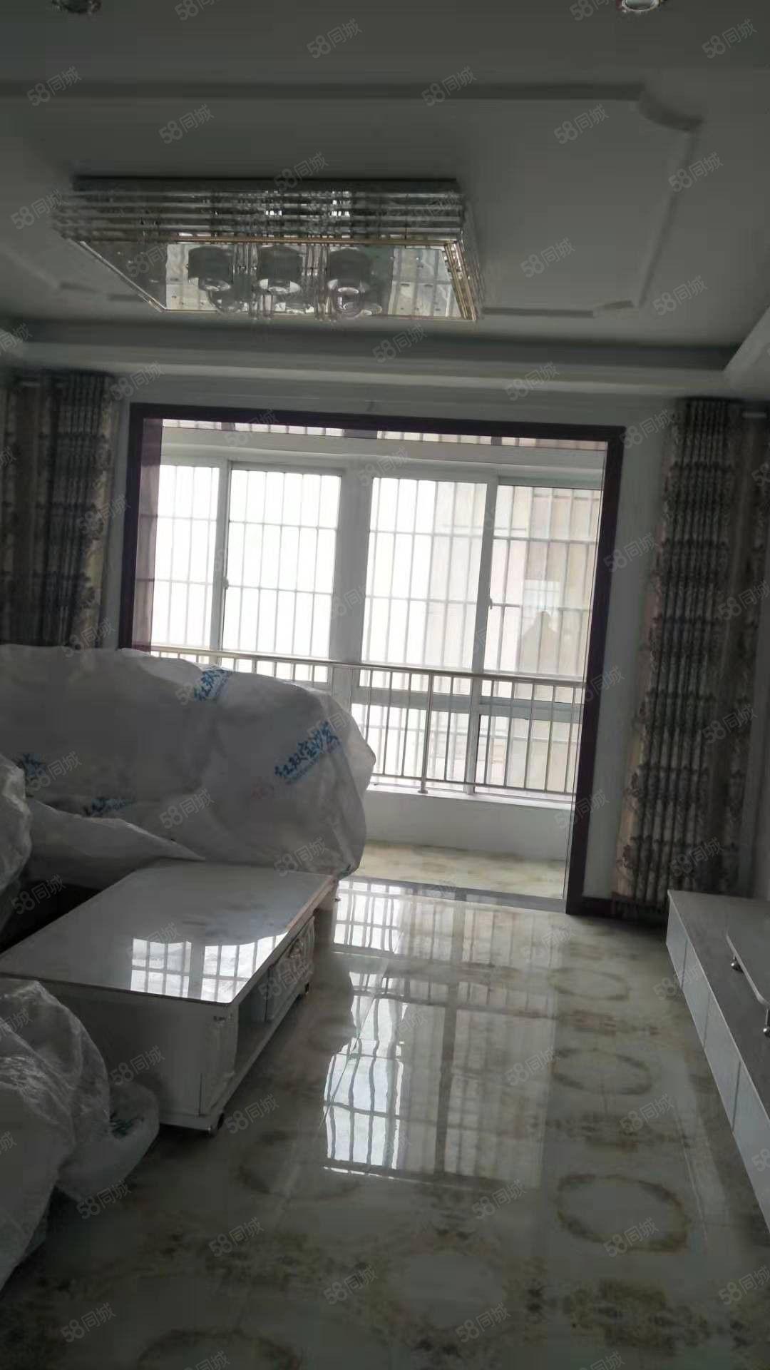 安正国际电梯中层南北通透型,好房源好户型,即买即住可按揭。