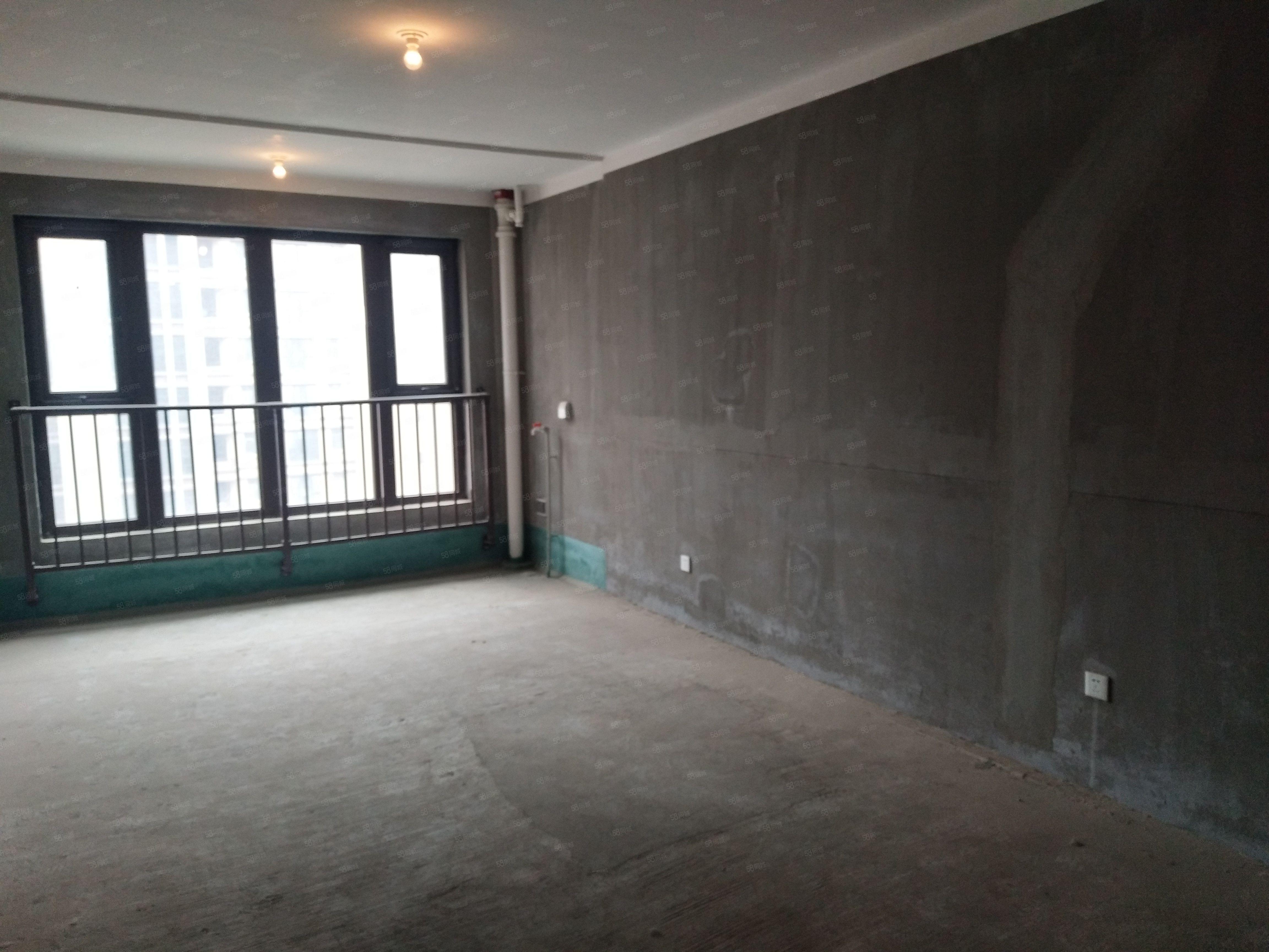 稅滿有本!亞星雅居朝南三室,小區中心,好樓層雙氣,誠售保真