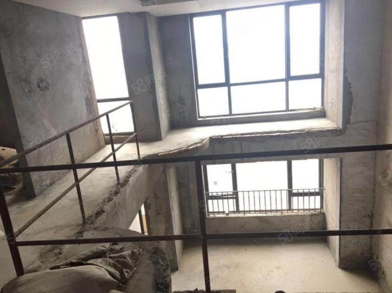 晋安五四北新出三盛国际上东区复试大5房,装修使用300平