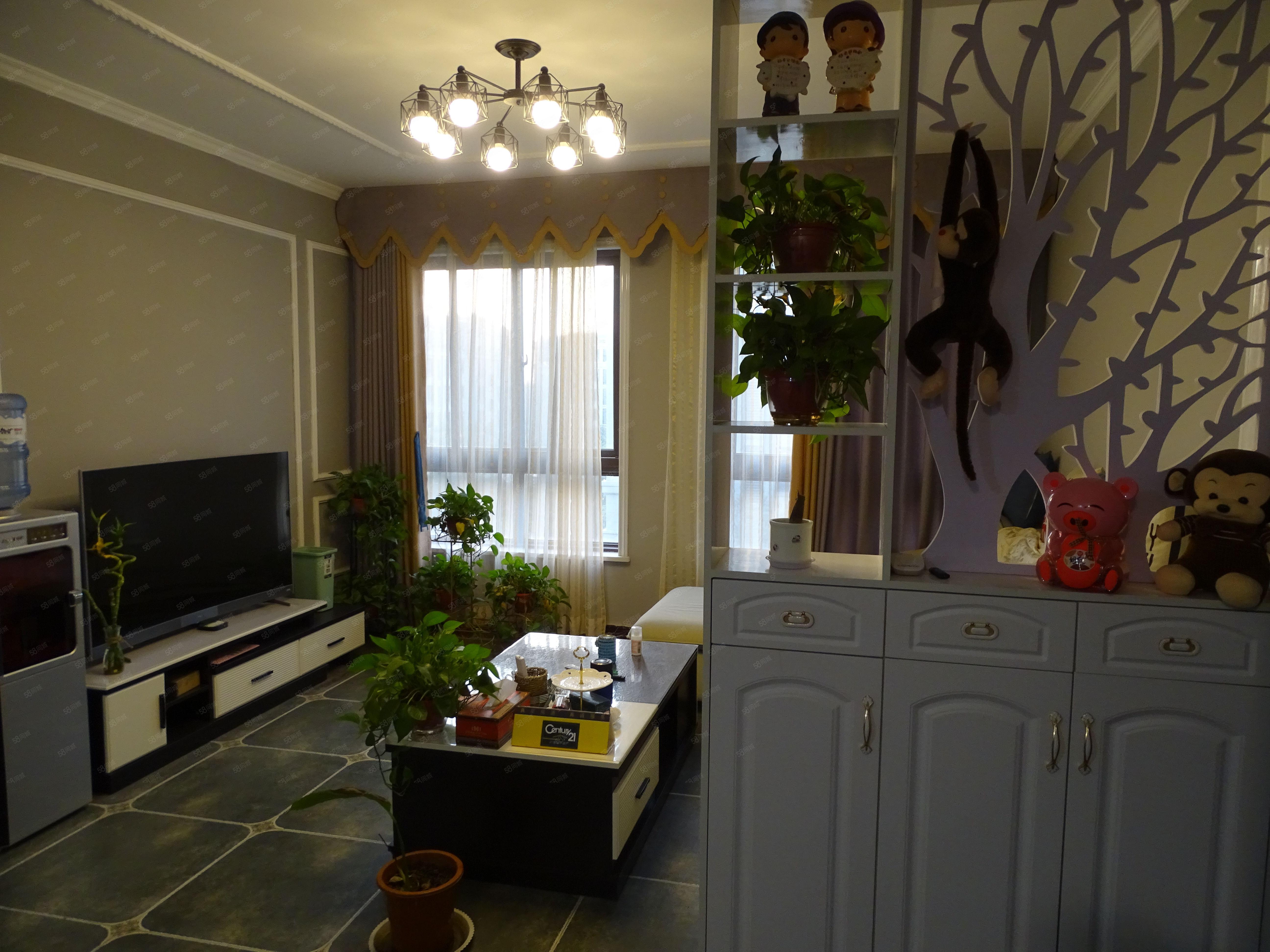 富田兴和苑豪华装修大两室家具家电全送交通便利