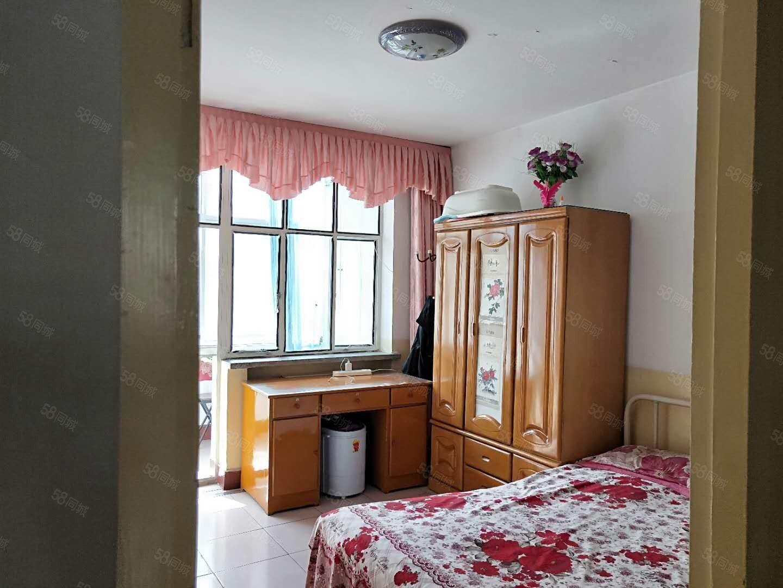 一中家屬院3樓精裝修框架地暖房三居室采光好可按揭