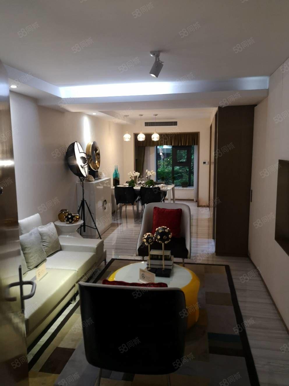 云瓴国际,已通地铁口,5.9米调高双气住宅现房,不限购。
