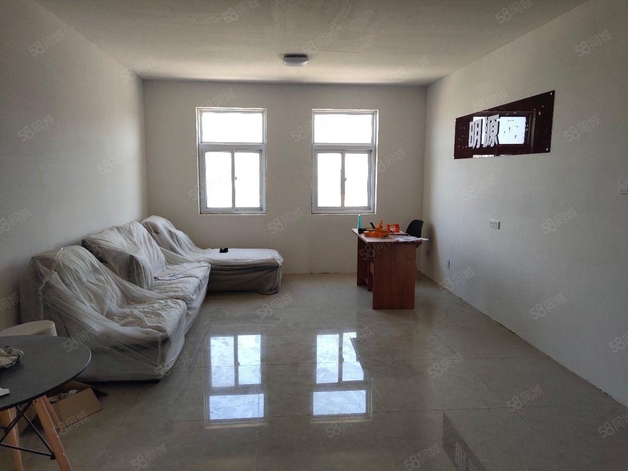 精装修新房未入住,手续齐全可以按揭