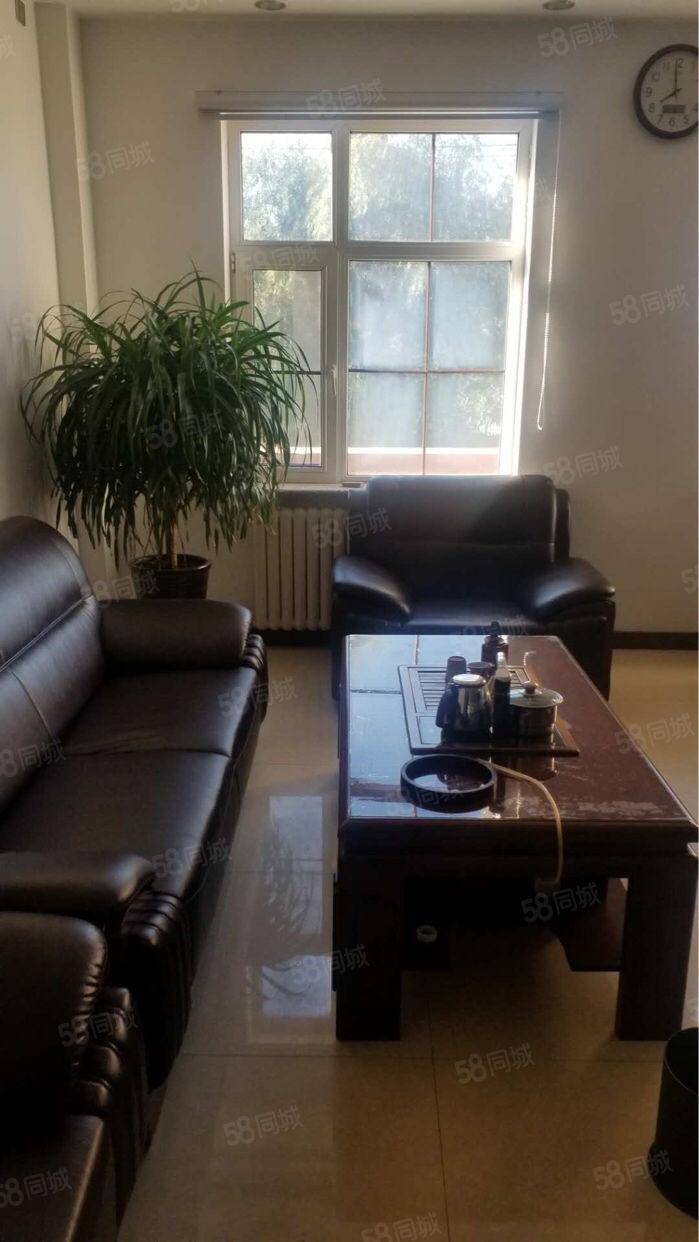欣豪尚品门市12楼205平适合开公司