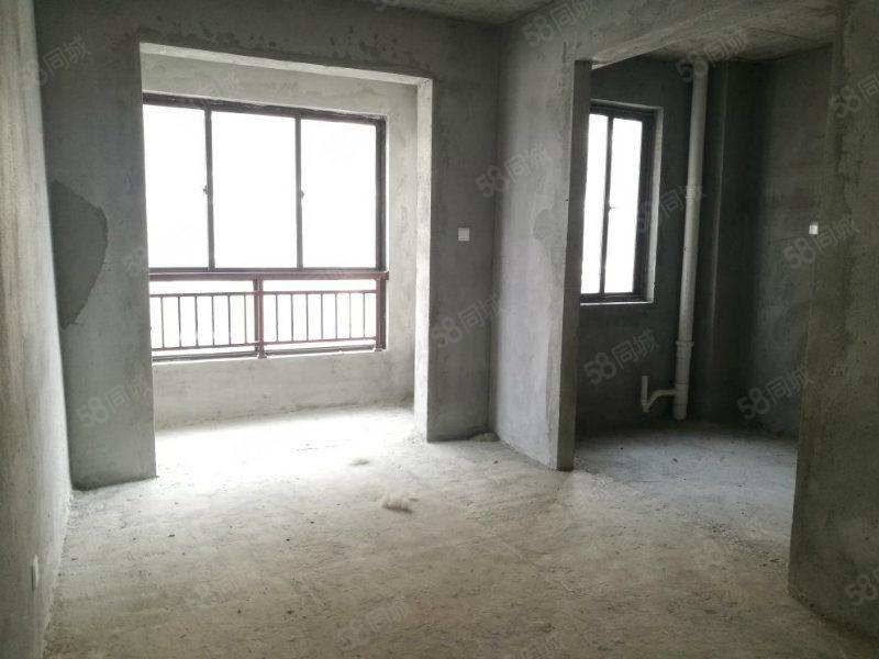 业主急卖融辉城F区126平洋房
