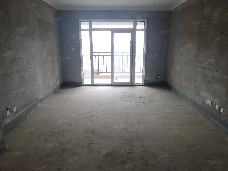急卖伊顿庄黄,金楼层东边户四室两厅户型通透采光无遮挡85万