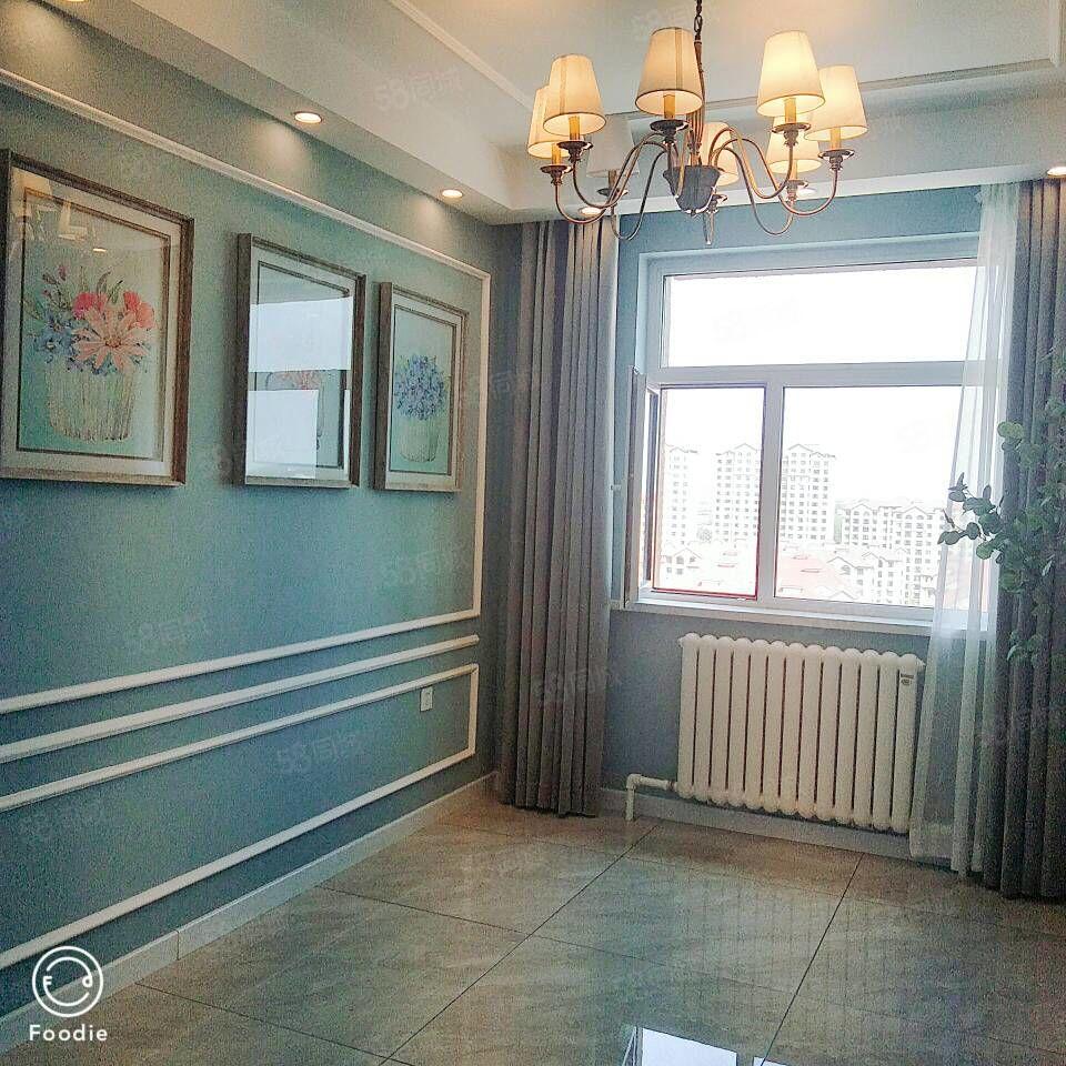 高大尚小区凤凰城A区14层南北通透精装修豪华装可做婚房