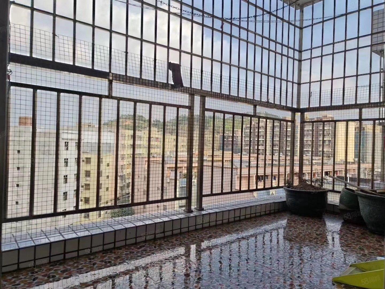 澳门二十一点游戏阳东中心小区幸福小筑,业主过户,开价50.8万电梯3房