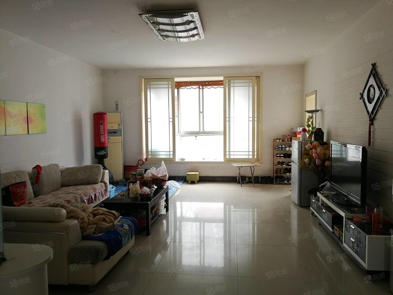 人民路万鑫苑东区步梯中层满五唯一随时过户精装大三房