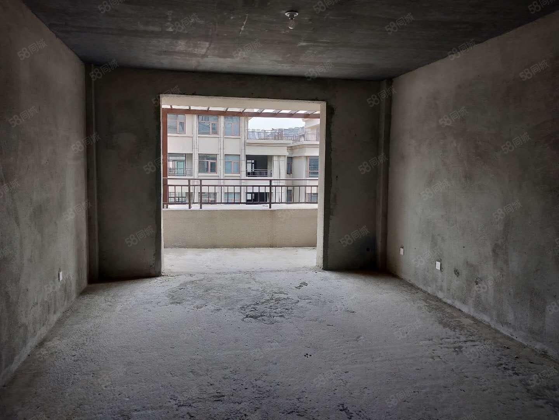 高档社区,多层电梯洋房六七复式采光好,户型方正低于售楼部价钱