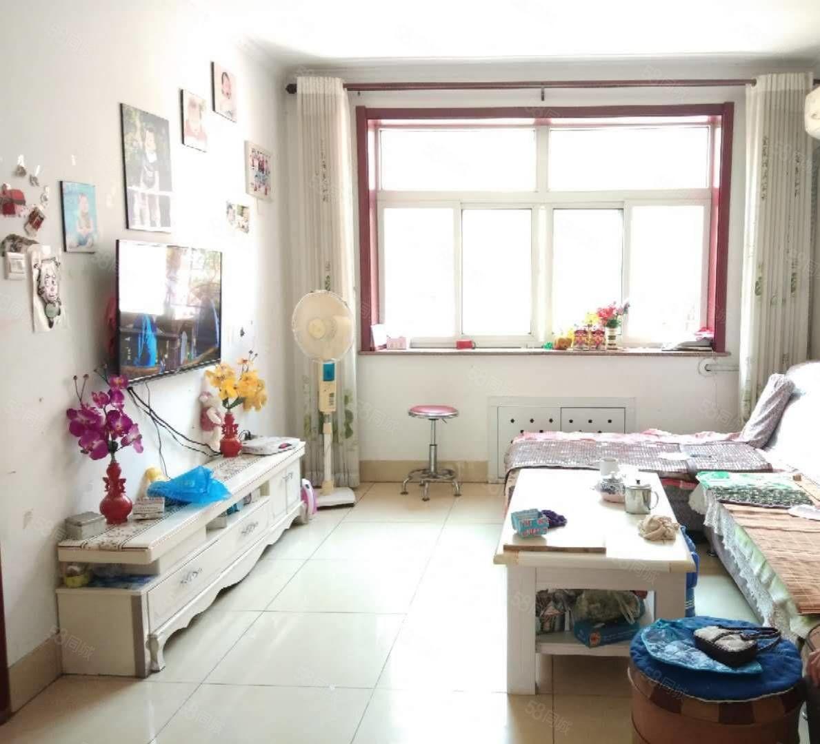 東方家園一樓一樓兩居室帶儲藏室圖片真實可貸款