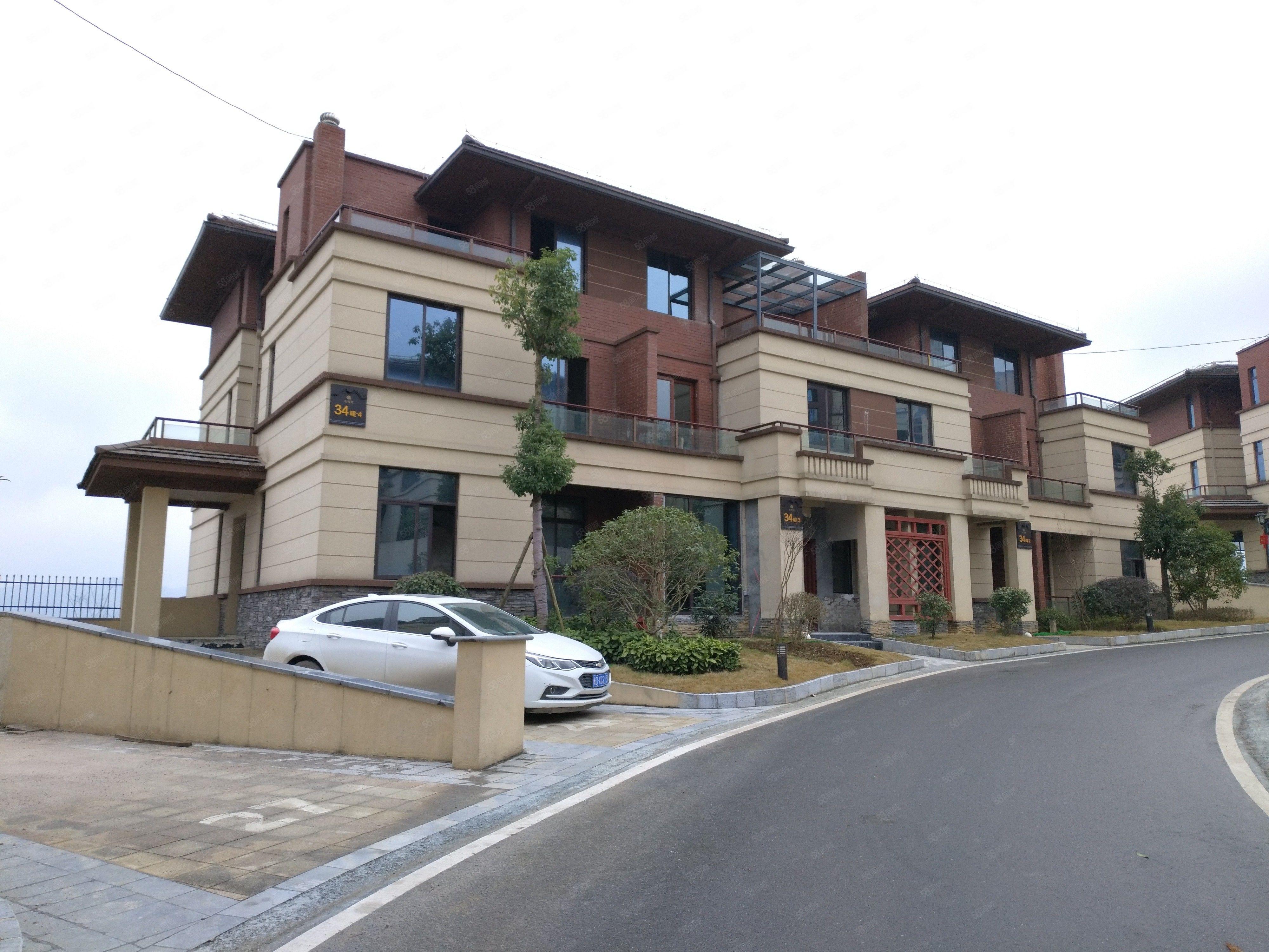 仁山公园别墅出租整栋四层带私家花园车库