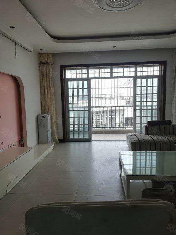 桂馨苑3室2厅2卫可随时过户附近学校多