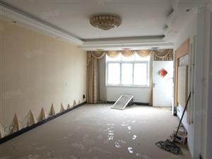 5楼140平大3房,送6楼70平小2房,58万,精装修,外复