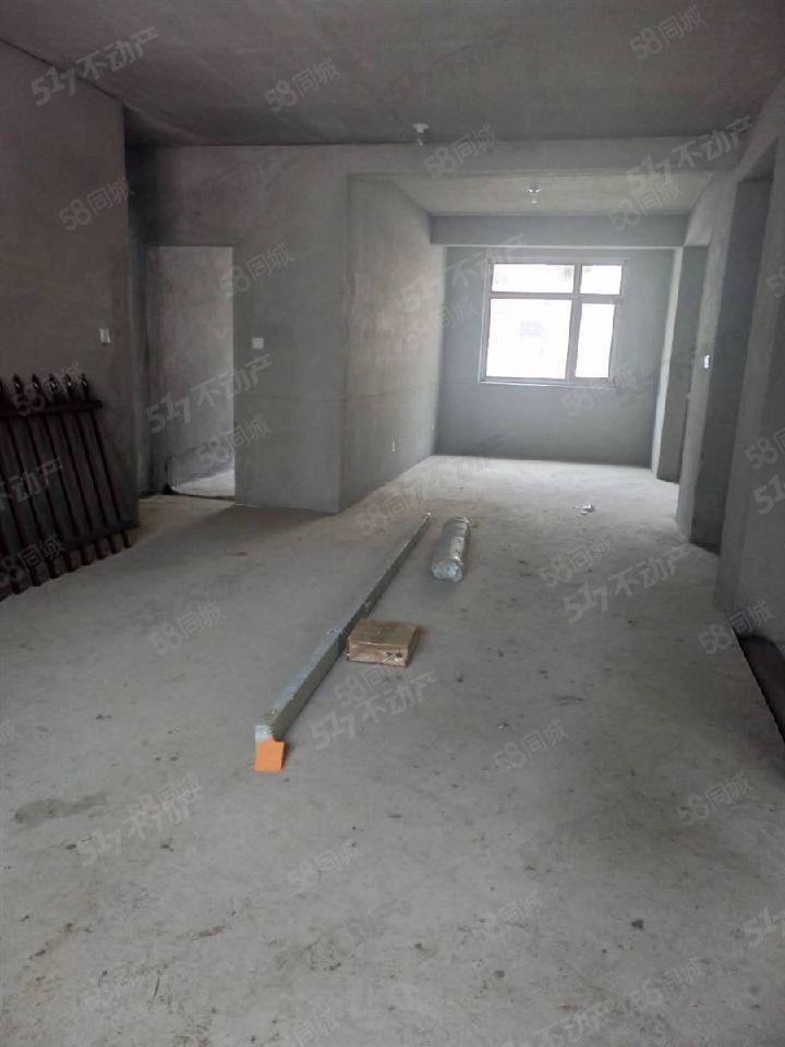 大禹城邦一楼138平送地下室举架4米高80平米花园可贷款
