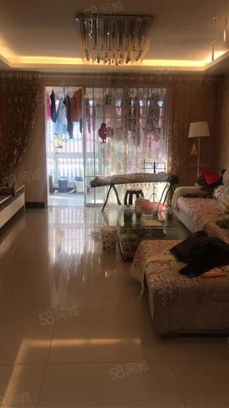 亲戚的房子可以上七小南北户型精装修随时可以看房采光好!!