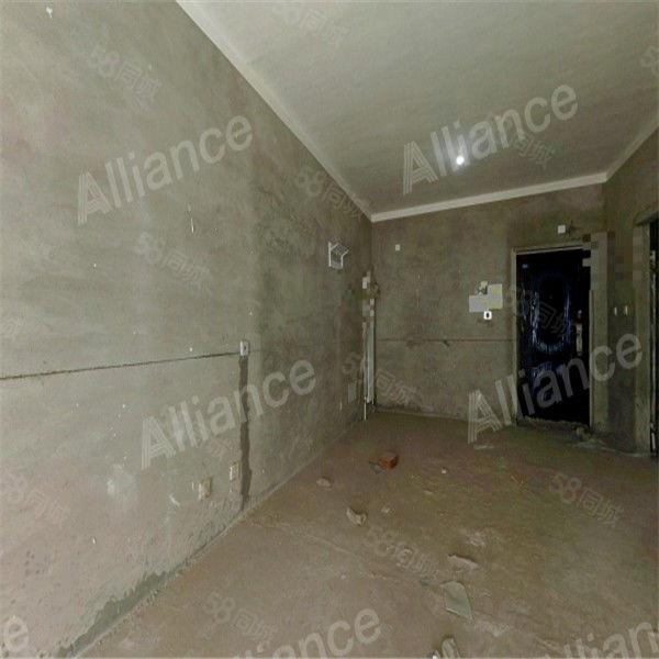 宏江毛坯房,超高性價比,滿兩年,有鑰匙看房隨時