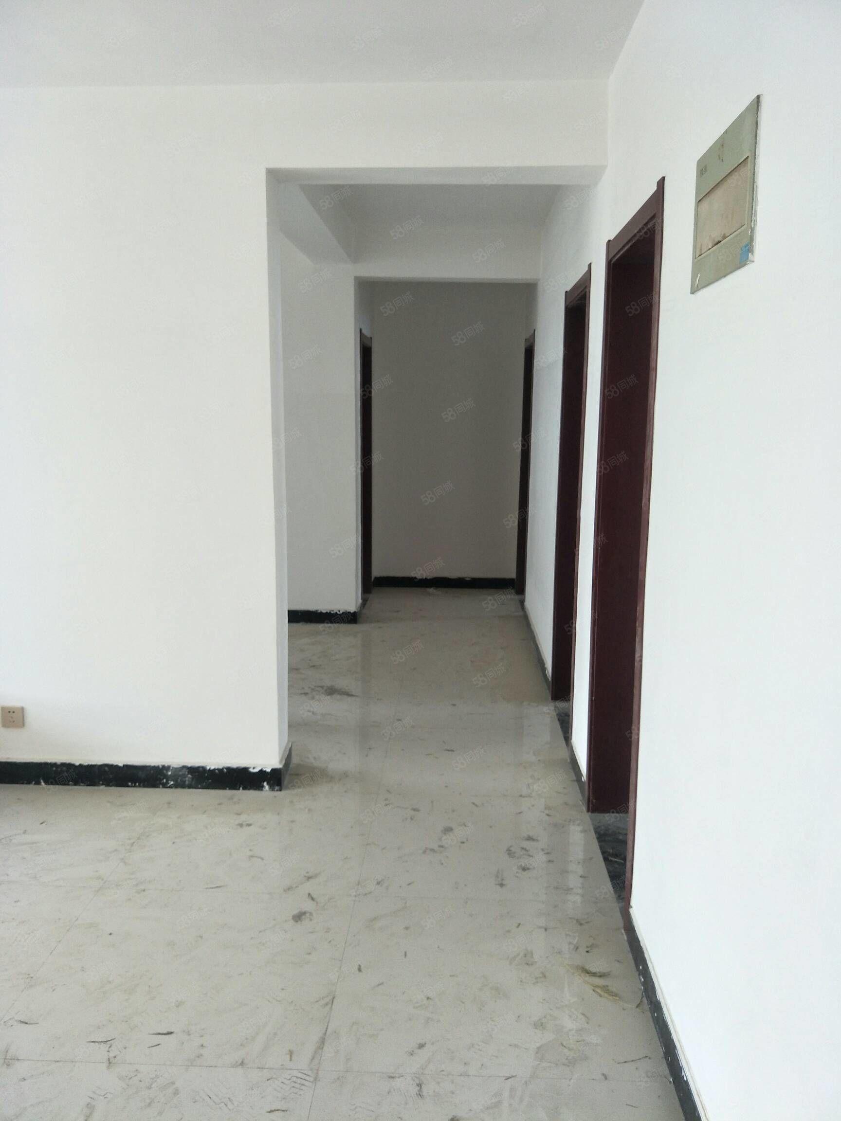 实验中学片区3室2厅2卫新装修未入住无税可贷款