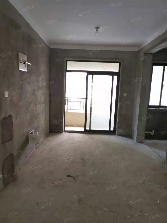 钟秀锦城步梯二楼抢手房源三室两厅一卫随时看房