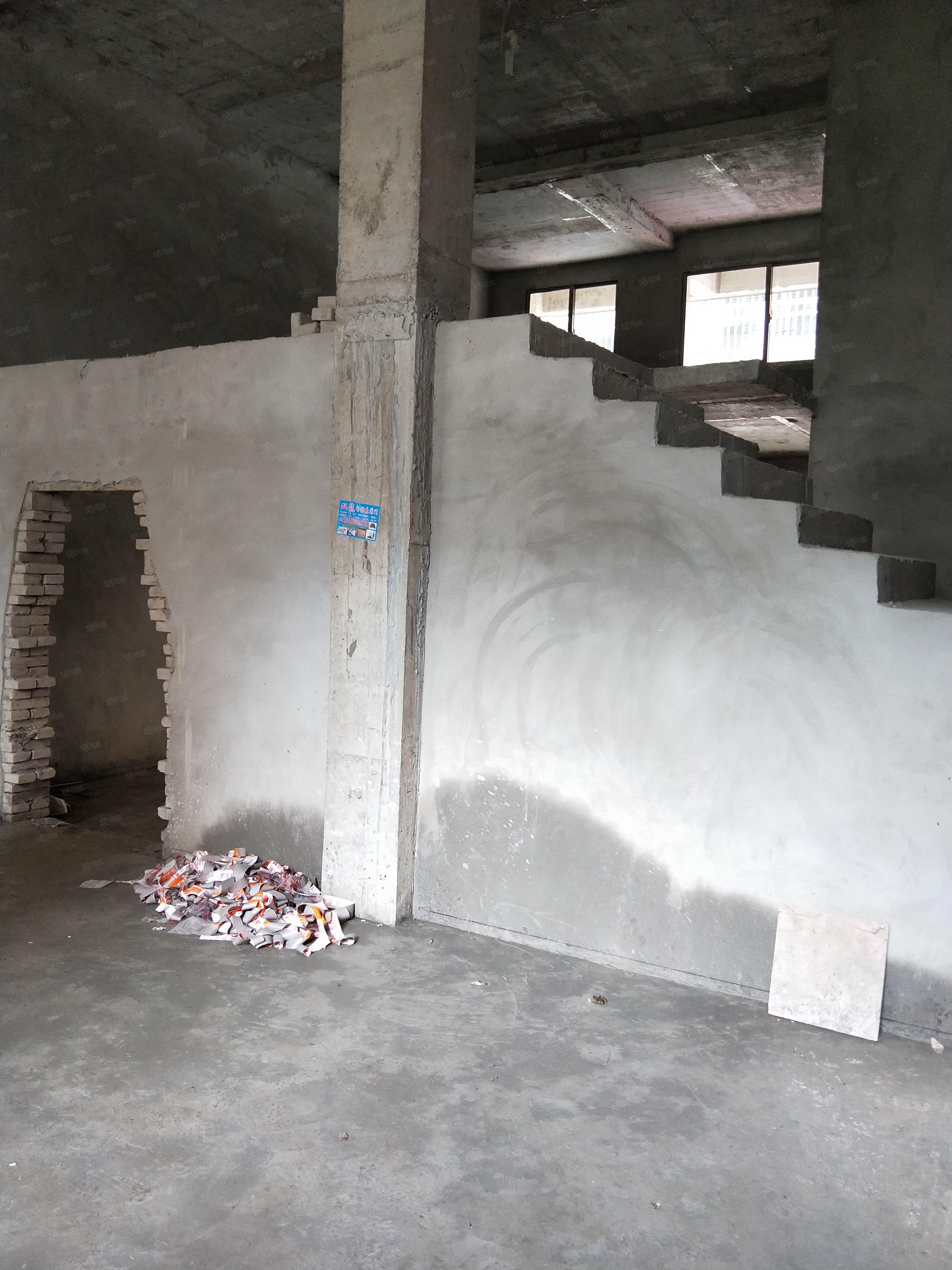 武月附近新建别墅,联二全框架,70年大产权!