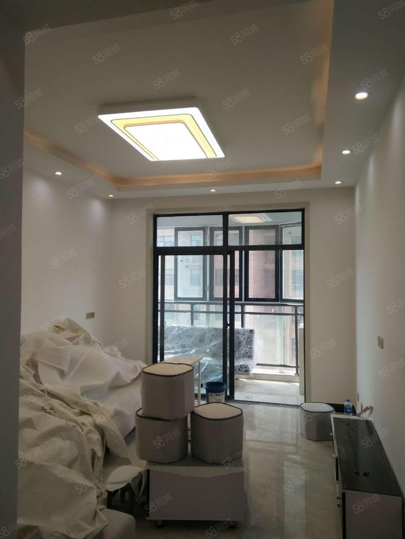 新房佳利金色东方佳苑精装二厅二卫南北通透全新家具