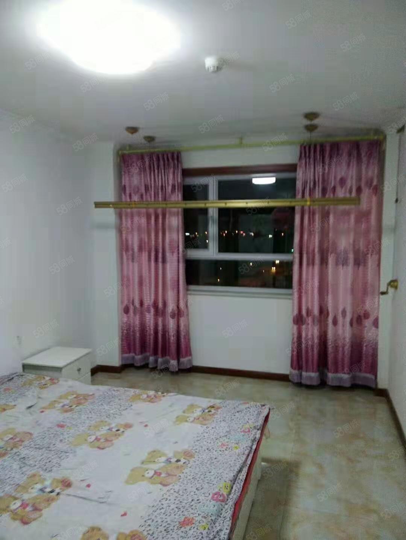 万达广场附近天怡雅苑10楼2室2厅精装修拎包入住