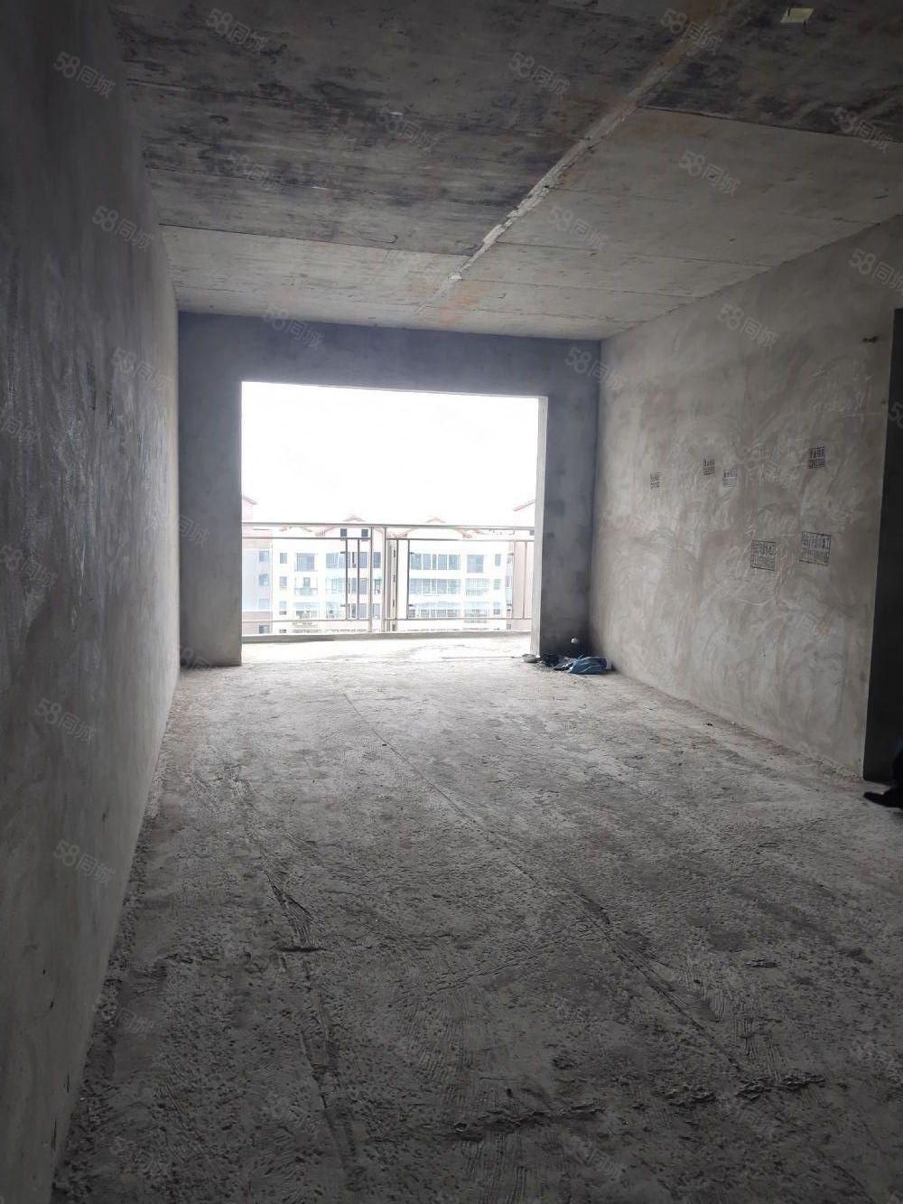 東南片區清水套二超強采光視野中間樓層抄底價支持按揭