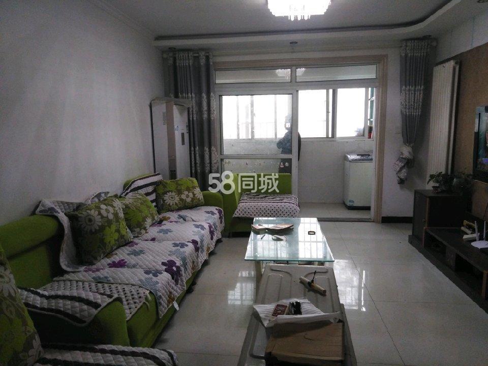 春秋社区3室2厅1卫