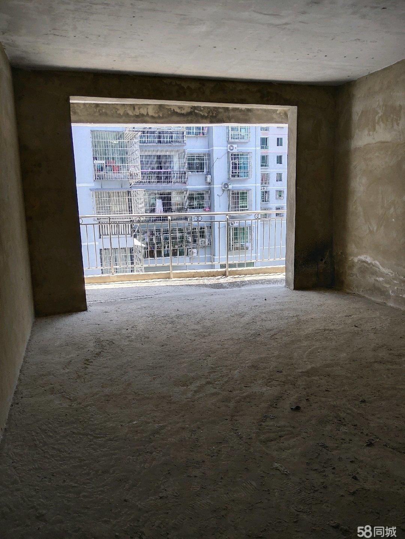 榕江城北天佑小区毛坯房124.5平3室2厅1厨2卫