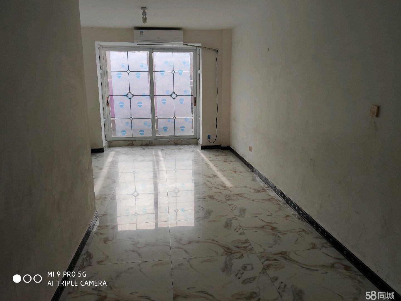 金海花苑3室2厅1卫
