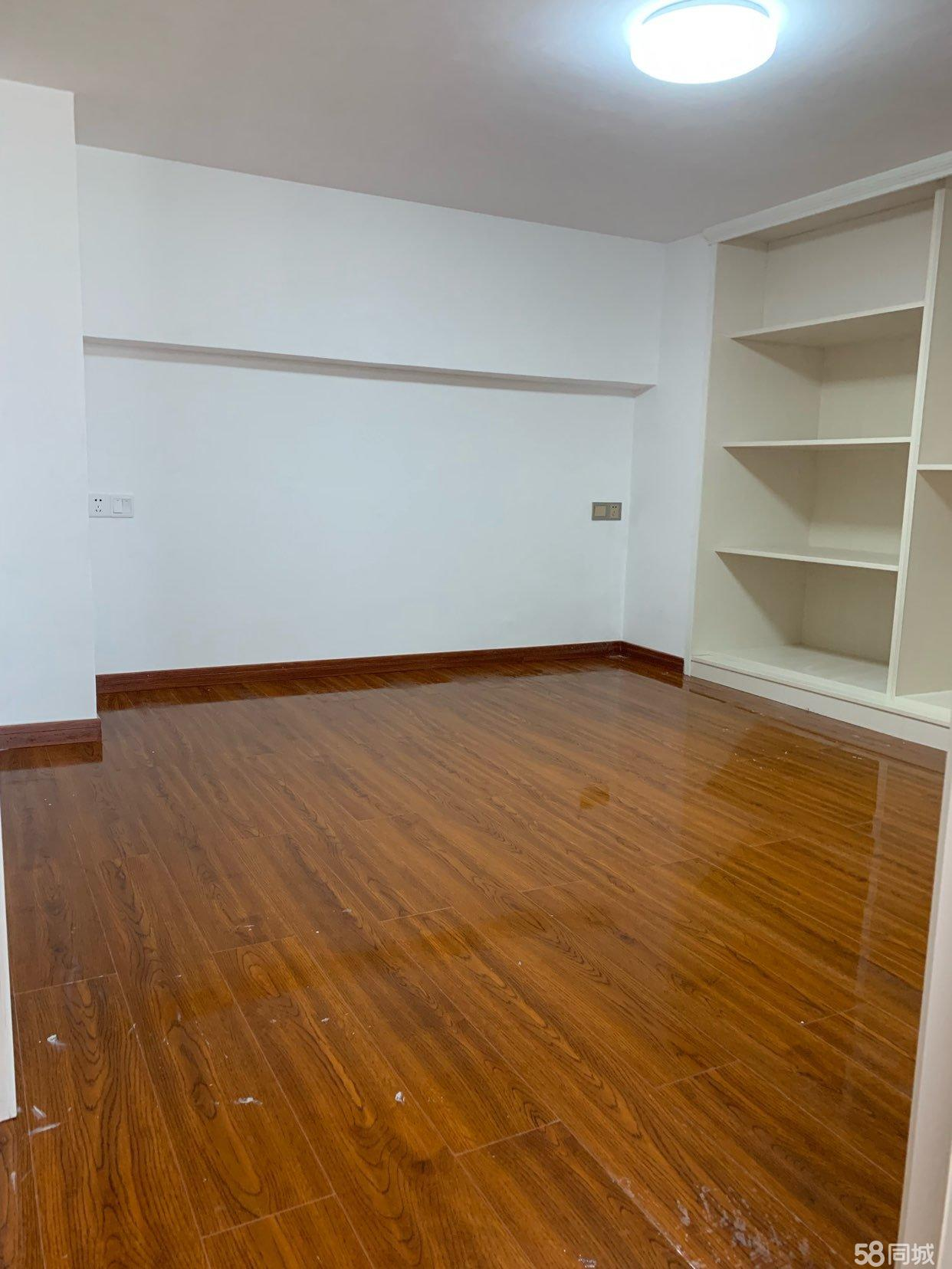特价房西部商业中心单身公寓2室1厅1卫56平米复式有税