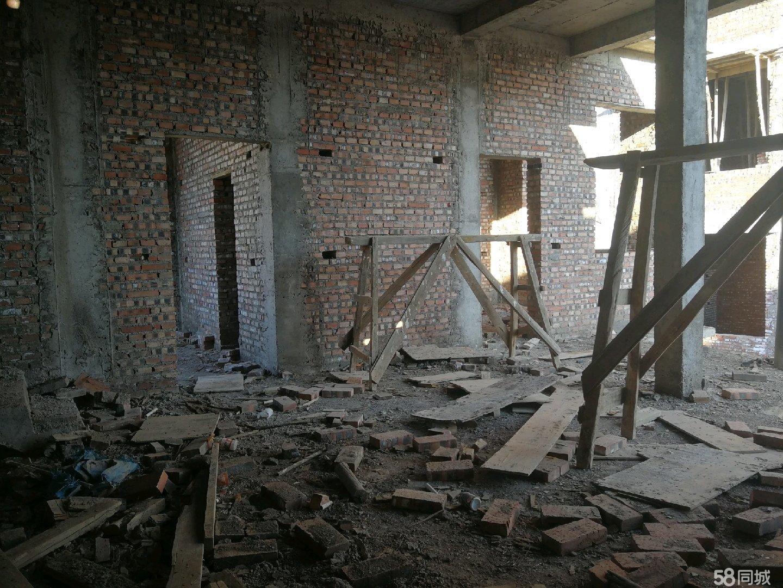 拘留所下50米房屋出售