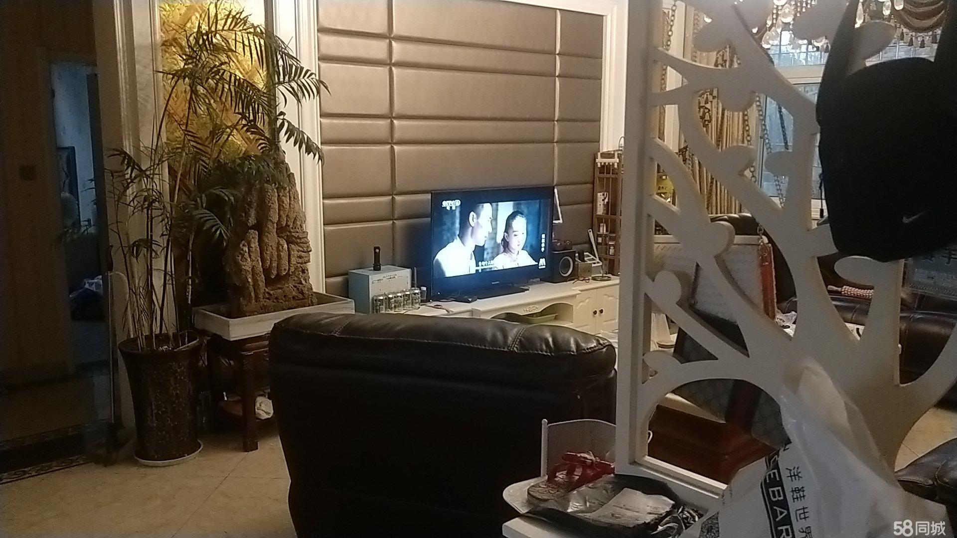 澳门威尼斯人娱乐场开户县东艺小学西隔壁三室两厅一卫出售