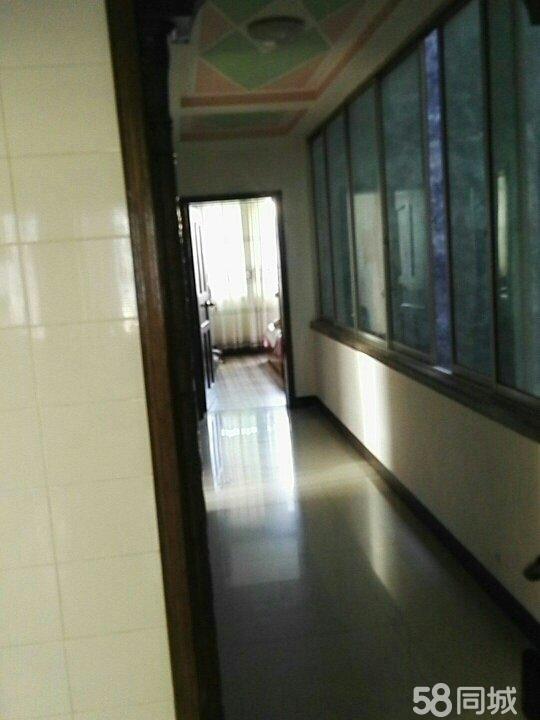 道真遵�x路林�_步街3室1�d1�l