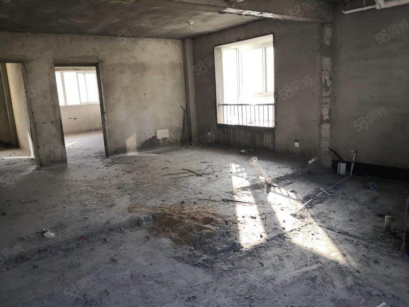 城南�p**多��4�谴�墒铱筛娜�室 三面采光 看房有�匙
