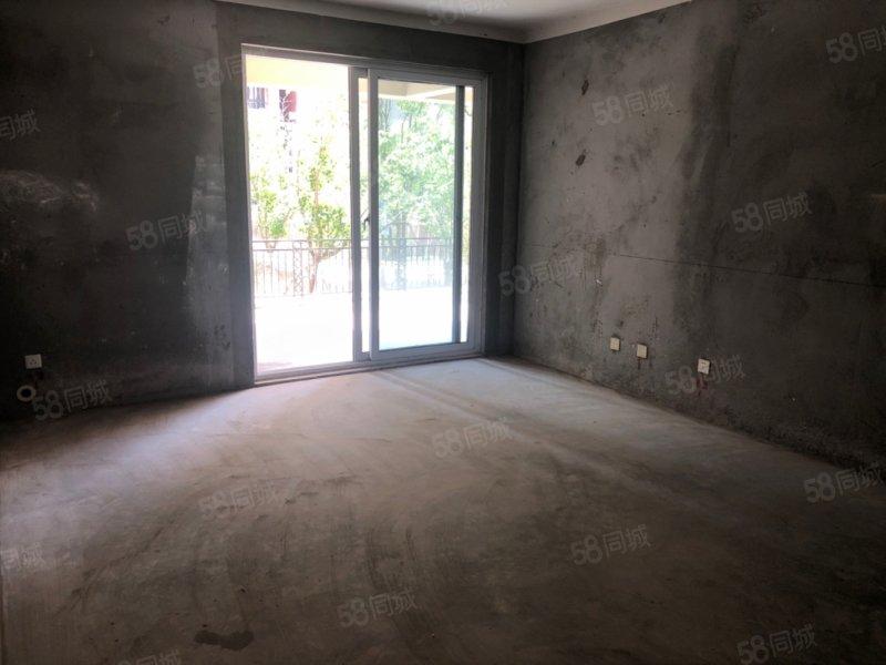 急售 �Z丁山 4室2�d2�l 院子70平 得房率高 �\意出售